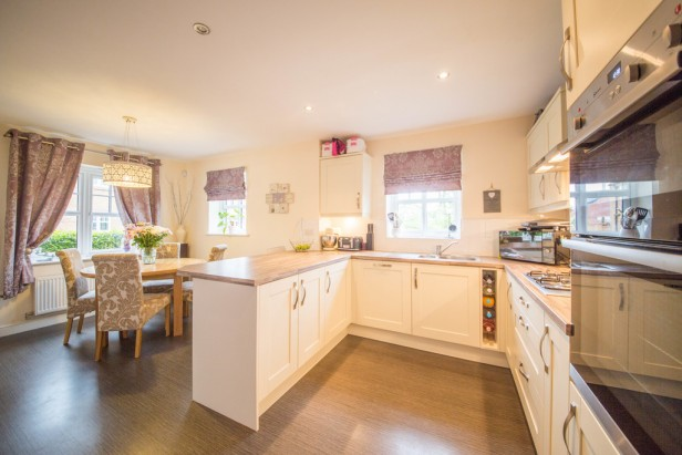 House For Sale in Massey Close, Newton-le-Willows | Jump-Pad – Newton-le-Willows - 5
