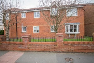 Apartment to Let in Newton-le-Willows