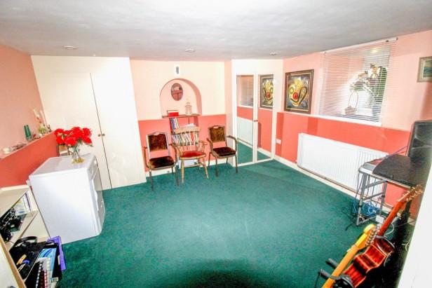 House For Sale in Quadrant Road, Thornton Heath   Jump-Pad – Newton-le-Willows - 10