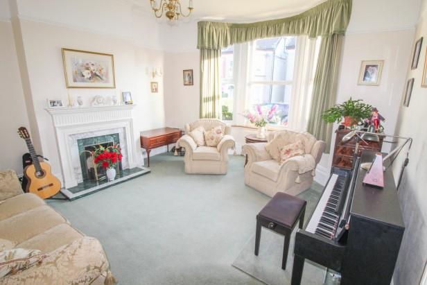 House For Sale in Quadrant Road, Thornton Heath   Jump-Pad – Newton-le-Willows - 3