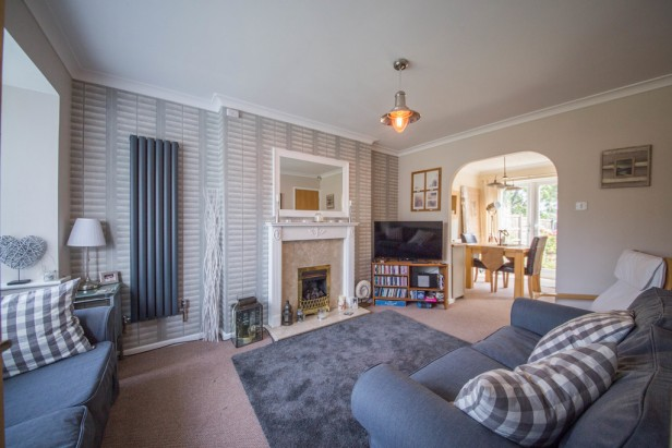 House To Rent in Dean Meadow, Newton-le-Willows | Jump-Pad – Newton-le-Willows - 2