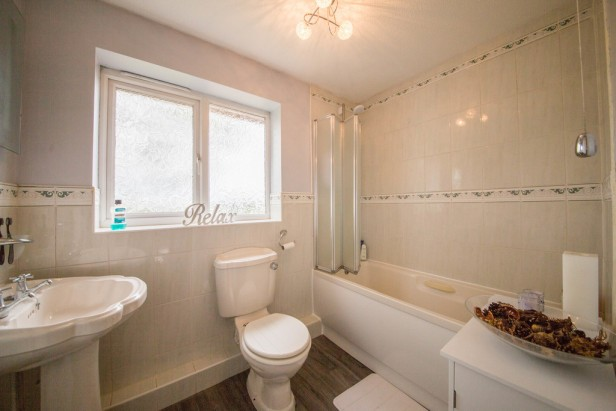 House For Sale in Cholmley Drive, Newton-le-Willows | Jump-Pad – Newton-le-Willows - 19