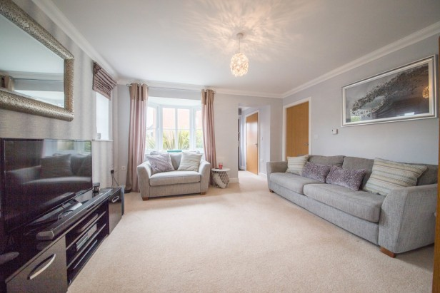 House For Sale in Etherley Drive, Newton-le-Willows | Jump-Pad – Newton-le-Willows - 3