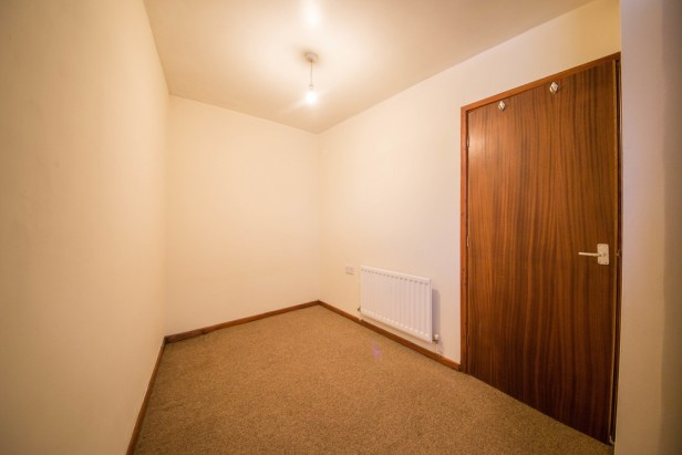 Apartment To Rent in Crossley Road, St. Helens | Jump-Pad – Newton-le-Willows - 5