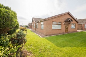 Bungalow to Let in Winwick
